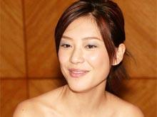 香港艺人应采儿涉嫌携带毒品