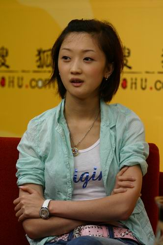 张瑶成女子十二乐坊小师妹 做客搜狐谈新碟