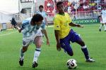 图文:世青赛阿根廷2-1巴西进决赛 二虎相争