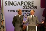 图文:巴黎申办2012奥运 代表慷慨陈述
