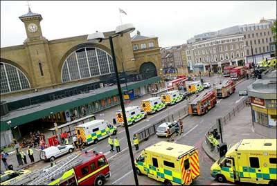 伦敦发生连环爆炸事件(组图)