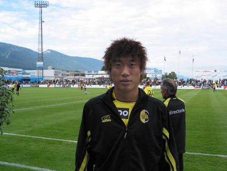 [体育](1)足球�D�D重庆力帆球员石俊在瑞士试训