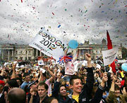 London beats Paris to 2012 Games