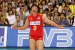图文:世界女排大奖赛中国胜巴西 杨昊欢庆胜利