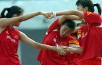 图文:中国女足在津训练 备战中澳女足对抗赛5