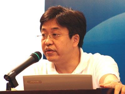 图:国研中心产业经济研究部部长 冯飞