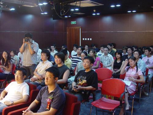 现场图文:厂商代表、媒体朋友与手机玩家欢聚一堂