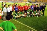 图文:曼联工体3-0完胜北京现代 赛后握手言欢