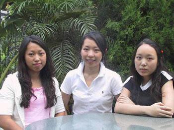农家三姐妹进了英国三大名校就读
