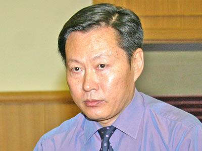 图:北京市地方税务局副局长郝硕博