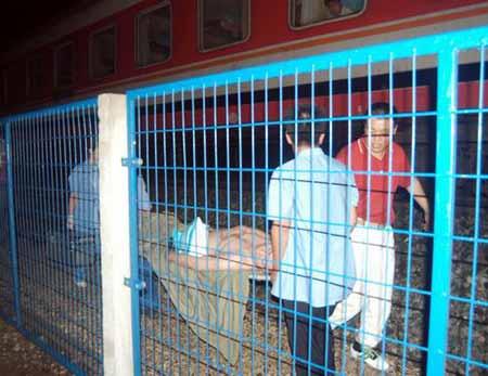 西安至长春列车在沈阳脱轨 致6人死亡30人受伤