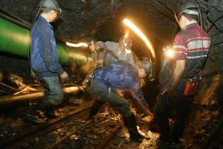 广东兴宁市一煤矿发生透水 103名工人被困井下