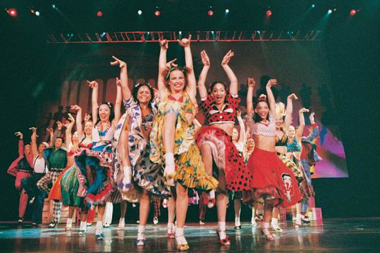 图:舞蹈经典《燃烧的地板》精彩剧照―1