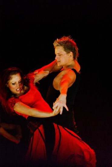图:舞蹈经典《燃烧的地板》精彩剧照―18