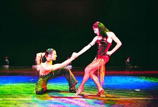图:舞蹈经典《燃烧的地板》精彩剧照―24