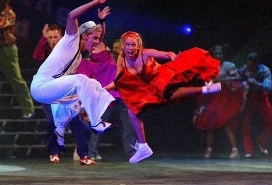 图:舞蹈经典《燃烧的地板》精彩剧照―36