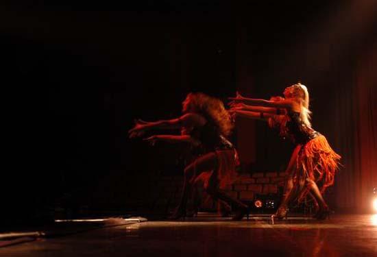 图:舞蹈经典《燃烧的地板》精彩剧照―43
