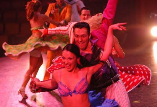 图:舞蹈经典《燃烧的地板》精彩剧照―45