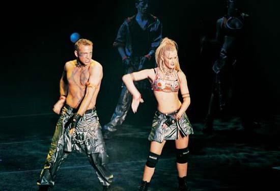 图:舞蹈经典《燃烧的地板》精彩剧照―60