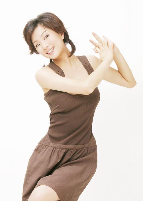 青年演员殷桃个人写真-12