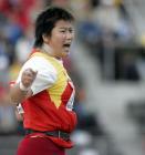 图文:李梅菊获女子铅球第七 期待佳绩