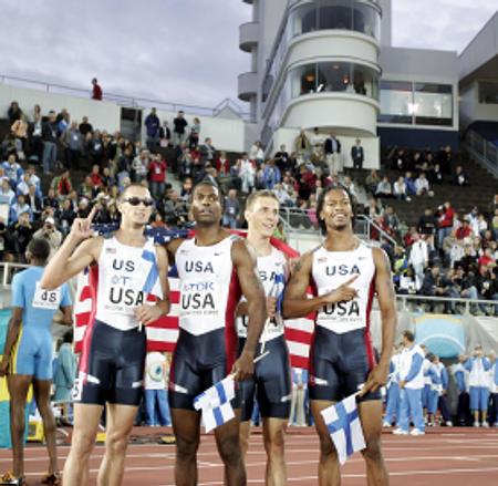 图文:美国夺男4X400米接力金牌