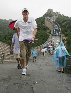 忧郁神童菲尔普斯长城发誓 2008年奥运会夺七金