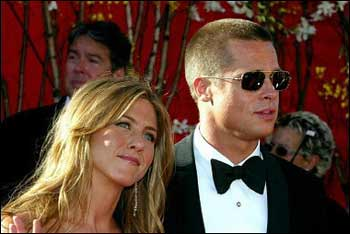 Pitt, Aniston formally end marriage