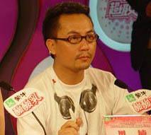 独家:黑楠宣布退出超女总决赛评委