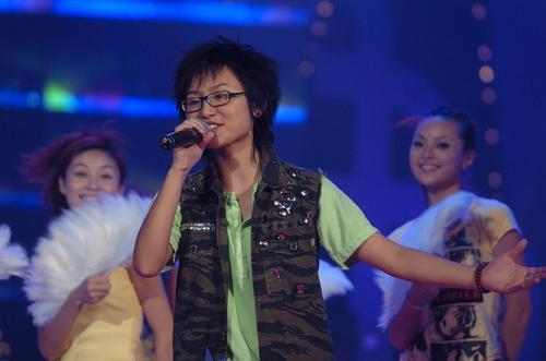"""图文:2005""""超级女声""""总决选现场―12"""
