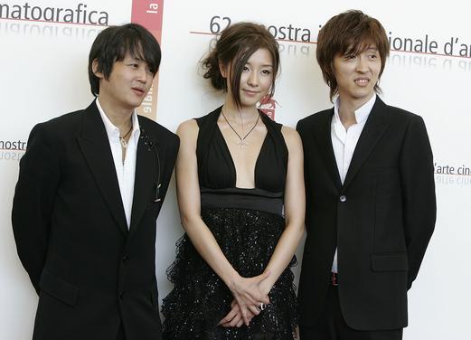 第62届威尼斯电影节:日本女星伊藤步可爱亮相