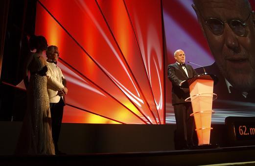 上届威尼斯电影节执行主席马可-穆勒发表讲话