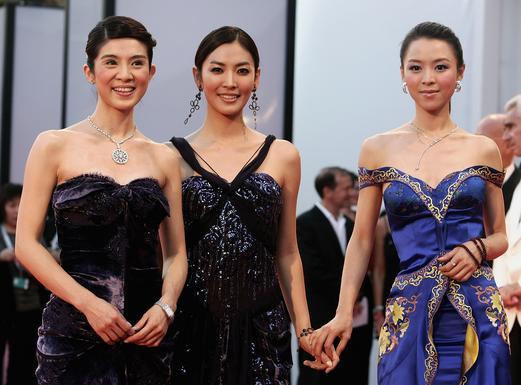金素妍、杨采妮,张静初三大美女红毯争艳