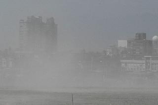 """台媒另类解读""""泰利""""台风:天威难测 天象示警"""