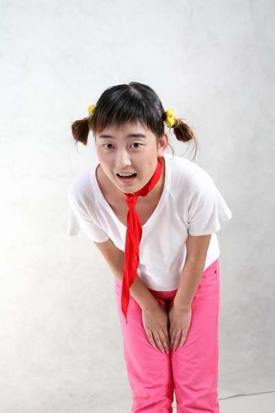 图:演员定装照―红领巾的扮演者尤元元