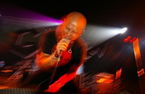 合唱《国际歌》 绿色北京露天音乐节落幕(图)