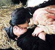 《神话》剧照金喜善激吻成龙
