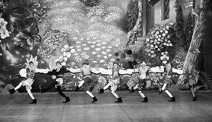 白雪公主山城跳芭蕾(图)