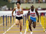 图文:上海田径大奖赛夺冠 刘翔约翰逊过终点线