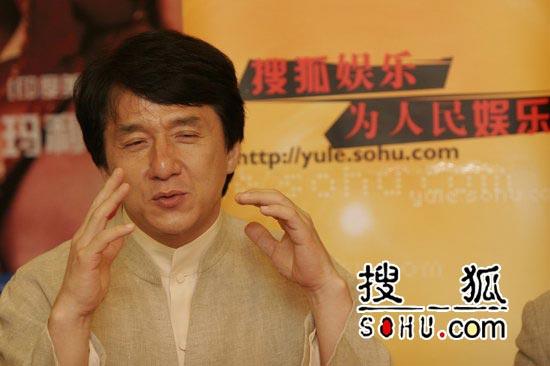 组图:成龙唐季礼宣传《神话》接受搜狐专访