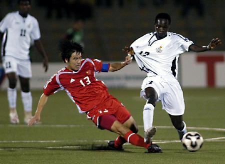 图文:国少1-1加纳顺利晋级