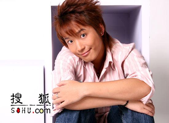 2005央视二套《梦想中国》选手:26号杨淮