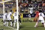 图文:世少赛中国1-1加纳 加纳队4人守门