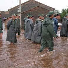 海南派14个工作组组织防风工作