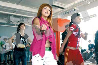 超女彩排大揭密 舞蹈总监:李宇春的舞最难编
