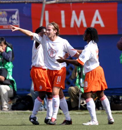 图文:荷兰队夺得世青赛季军