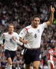 图文:世界杯英格兰VS奥地利 兰帕德庆祝进球