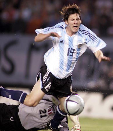 图文:阿根廷2-0胜秘鲁