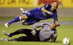 图文:巴西备战世界杯预选赛 空中飞人卡洛斯