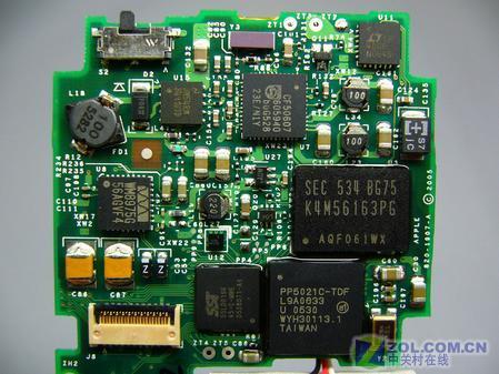 拆机iPod video 揭露新机内部构造